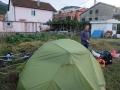Camping dans un potager